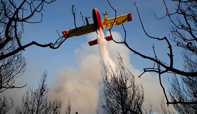 Στιγμιότυπο από φωτιά στην Ελλάδα