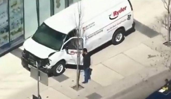 Καναδάς: Φορτηγάκι παρέσυρε πεζούς στο Τορόντο- Τουλάχιστον δύο νεκροί