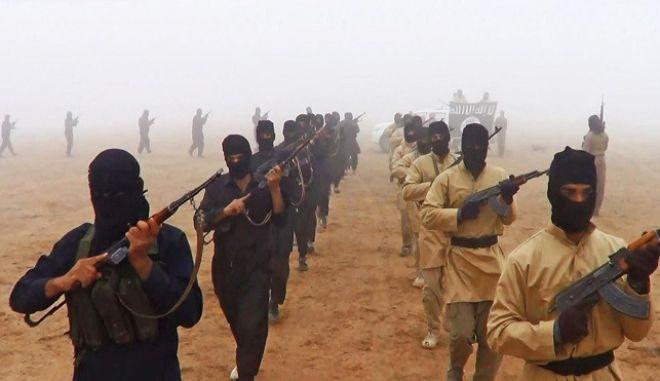 Την αφαίρεση ανθρωπίνων οργάνων από τους αιχμαλώτους έχει εγκρίνει το Ισλαμικό Κράτος