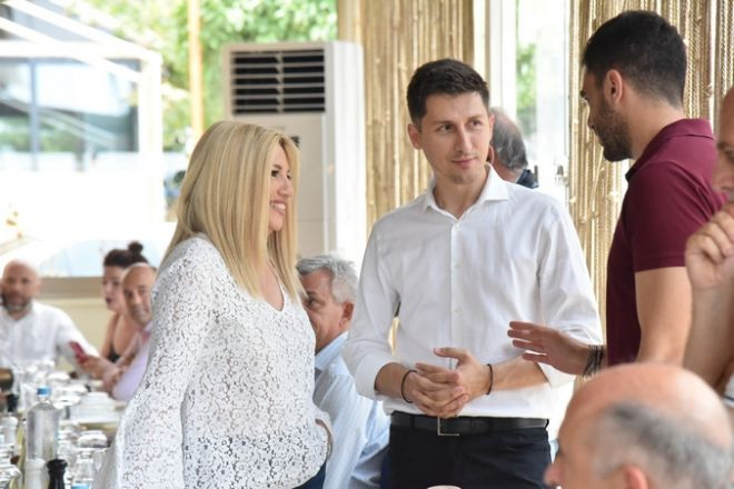 Συνάντηση της Προέδρου του Κινήματος Αλλαγής, Φώφη Γεννηματά, με τους δημοσιογράφους που καλύπτουν το ρεπορτάζ του Κινήματος Αλλαγής, το Σάββατο 6 Ιουλίου 2019. (EUROKINISSI/ΚΙΝΗΜΑ ΑΛΛΑΓΗΣ)