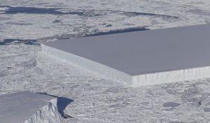 Δέος: Η NASA φωτογράφησε ένα πρωτοφανές γεωμετρικό παγόβουνο