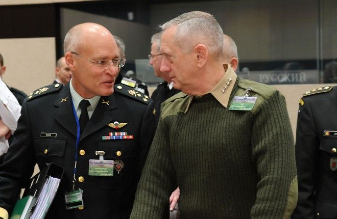 Left to right: Lt. General Christopher J.R. Davis (Military Representative to NATO, Canada) with General James Mattis (Supreme Allied Commander Transformation)