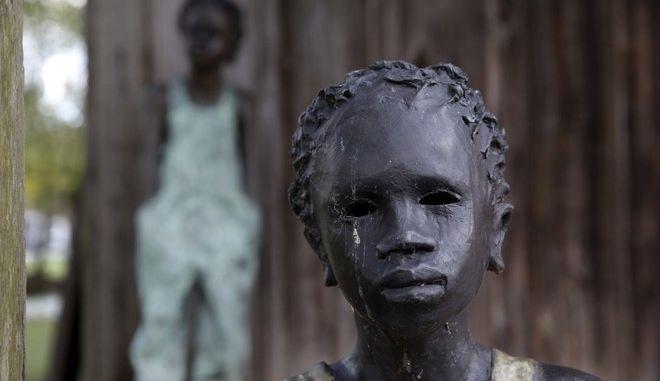Η σύγχρονη δουλεία είναι ένα θέμα που απασχολεί όλες τις χώρες του πλανήτη. Περί τα 45.8 εκατομμύρια άνθρωποι ζουν υπό αυτό το καθεστώς (AP)