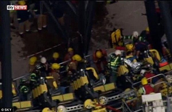 Τρομακτική βόλτα στο Alton Towers: Συγκρούστηκαν τρενάκια λούνα παρκ