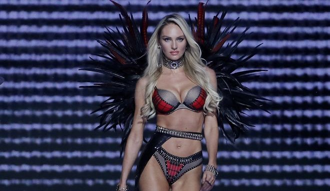 Model Candice Swanepoel wears a creation during the Victoria's Secret fashion show at the Mercedes-Benz Arena in Shanghai, China, Monday, Nov. 20, 2017. (AP Photo/Andy Wong)