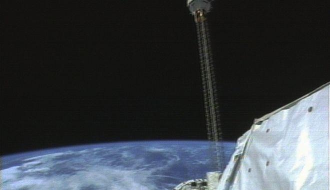 Δορυφόρος σε τροχιά