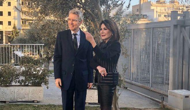 """Συνάντηση Πάιατ με την πρόεδρο της επιτροπής """"Ελλάδα 2021"""" Γιάννα Αγγελοπούλου"""