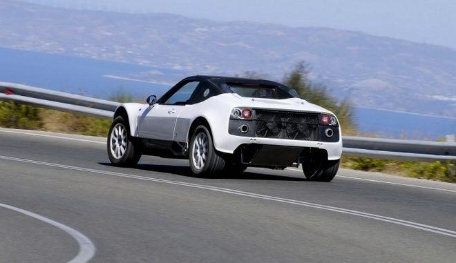 Το ελληνικό 'υπεραυτοκίνητο' που κινείται σε κάθε επιφάνεια