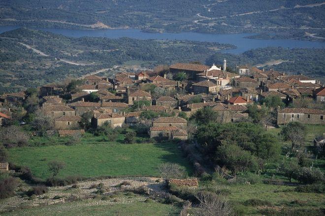 Πανοραμική άποψη του χωριού Αγρίδια στην Ίμβρο