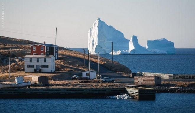 Παγόβουνο-γίγας 'ταξιδεύει' στις ακτές του Καναδά