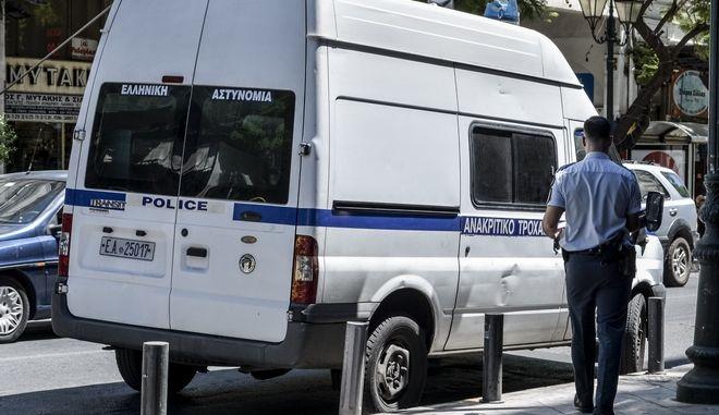 Ανακριτικό φορτηγάκι της Τροχαίας. EUROKINISSI/ΛΥΔΙΑ ΣΙΩΡΗ)