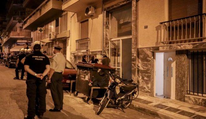 Αστυνομία στα Πετράλωνα μετά τον βιασμό 50χρονης