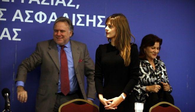 Αχτσιόγλου: Στόχος να ξαναδώσουμε ουσιαστικό περιεχόμενο στις συλλογικές συμβάσεις