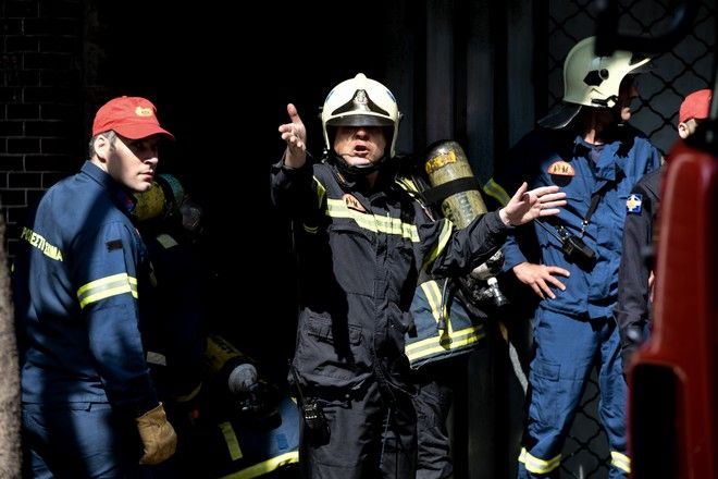 Πυρκαγια σε υπόγεια κατοικία στο Μεταξουργείο. Παρασκευή 1 Μάη 2020. (EUROKINISSI/ΜΠΟΛΑΡΗ ΤΑΤΙΑΝΑ )