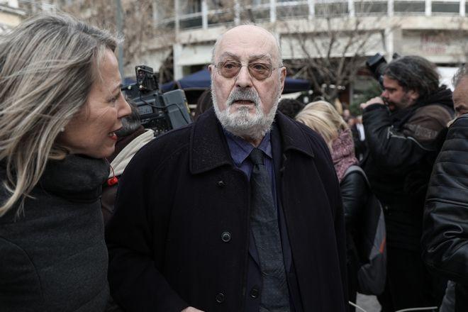 Κώστας Γεωργουσόπουλος στην κηδεία του ηθοποιού Κώστα Βουτσά στην Αθήνα την Παρασκευή 28 Φεβρουαρίου 2020