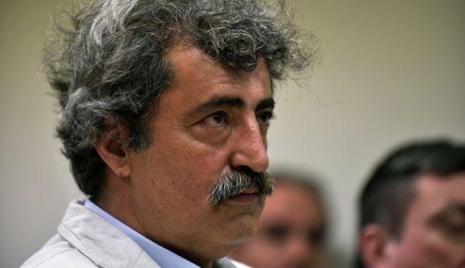 Επιμένει ο Πολάκης: 'Τα παίρνει' ήδη το 20% των γιατρών και το 60% εάν του τα δώσουν