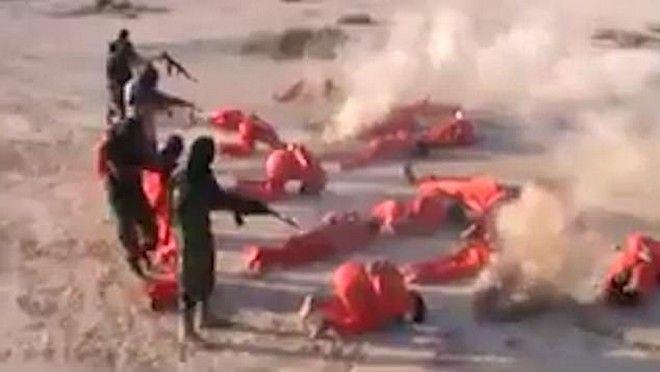 Σοκαριστικές εικόνες: Μαζική εκτέλεση τζιχαντιστών στη Λιβύη