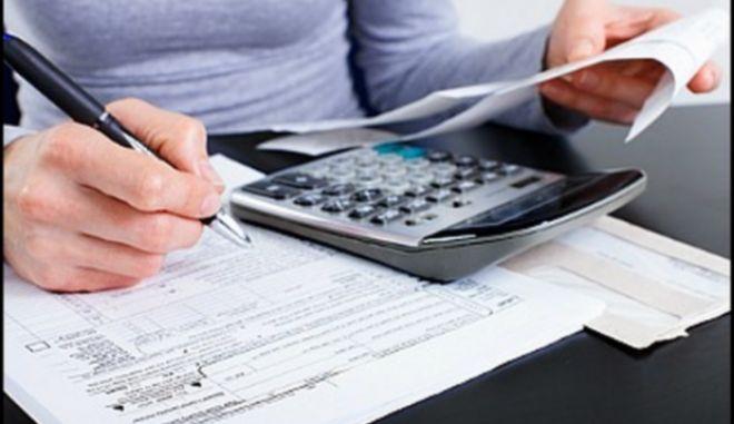 Σκληραίνει τη στάση του το ΥΠΟΙΚ: Χωρίς ΑΦΜ οι επιχειρήσεις που χρωστούν στο Δημόσιο