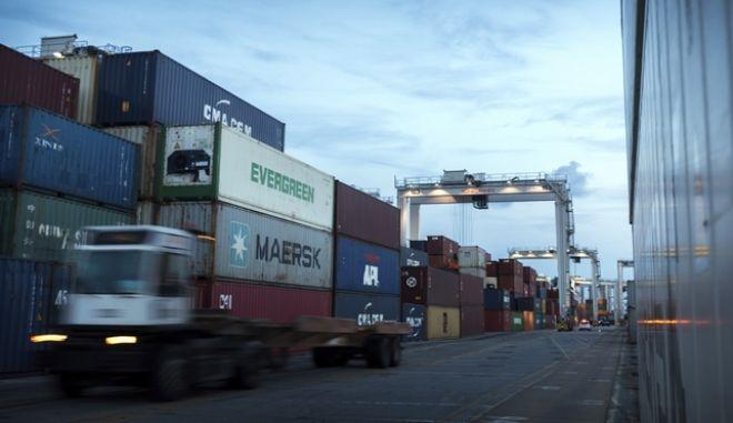 Δασμοί στις εισαγωγές στις ΗΠΑ