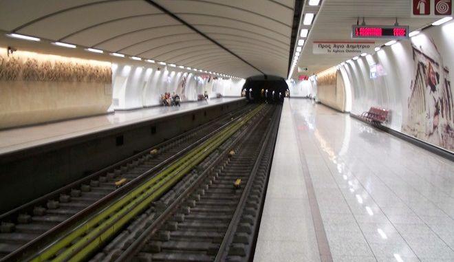Αυτοκτονία στο σταθμό Ακρόπολη του μετρό. Άνδρας πήδηξε στις ράγες και παρασύρθηκε από τον συρμό