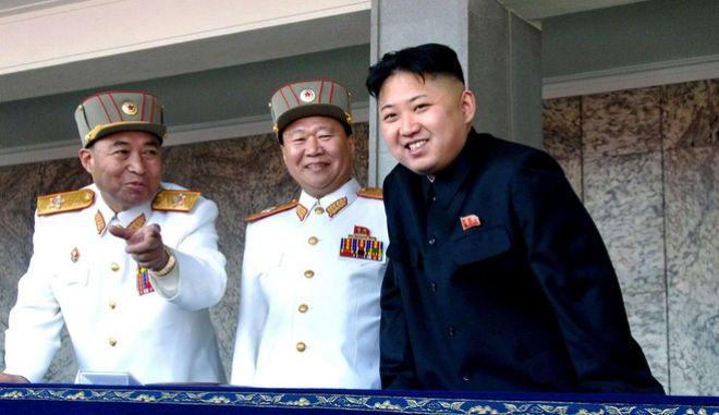 Η Νότια Κορέα κατηγορεί τον Κιμ Γιουνγκ Ουν για δημόσιες εκτελέσεις