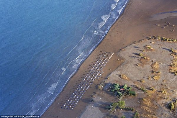Οι 10 ωραιότερες παραλίες στη Μεσόγειο