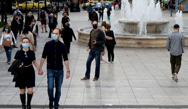Κορονοϊός: 2338 νέα κρούσματα σήμερα στην Ελλάδα - 31 νεκροί και 343 διασωληνωμένοι