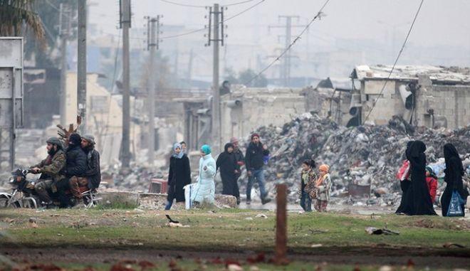 Συρία: Απομακρύνθηκε το 80% των κατοίκων της Παλμύρας. Παραδίνονται οι αντάρτες στο Χαλέπι