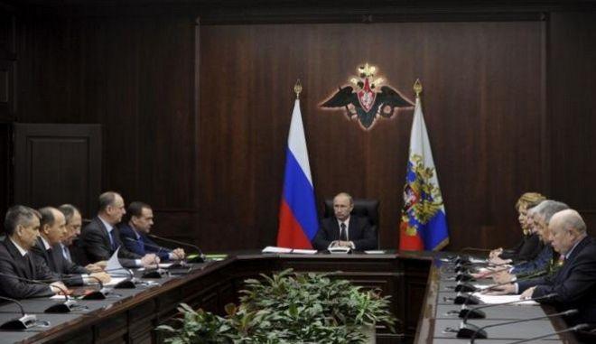 Αποχωρούν οι ρωσικές δυνάμεις από τη Συρία