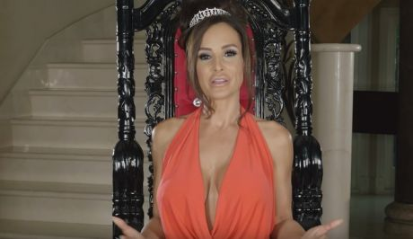 "Lisa Ann: Η ""Βασίλισσα"" του πορνό εξηγεί γιατί επιστρέφει στην ενεργό δράση"