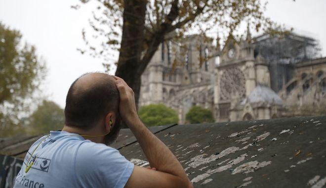 Ανείπωτη θλίψη για τους Γάλλους από την καταστροφή