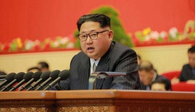 Κιμ Γιονγκ Ουν: Δεν θα χρησιμοποιήσουμε πυρηνικά, εκτός αν απειληθούμε