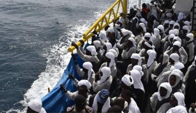 ΟΗΕ: Φόβοι για τουλάχιστον 700 νεκρούς μετανάστες στη Μεσόγειο