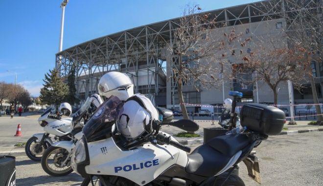 Αστυνομία έξω από την Τούμπα