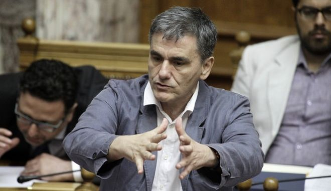 Κυβερνητική διάψευση των περί μετακίνησης Τσακαλώτου από το υπουργείο Οικονομικών