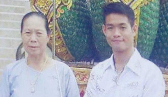 Ταϊλάνδη: Ο μοναχός που έγινε προπονητής και υπεύθυνος της περιπέτειας 12 παιδιών