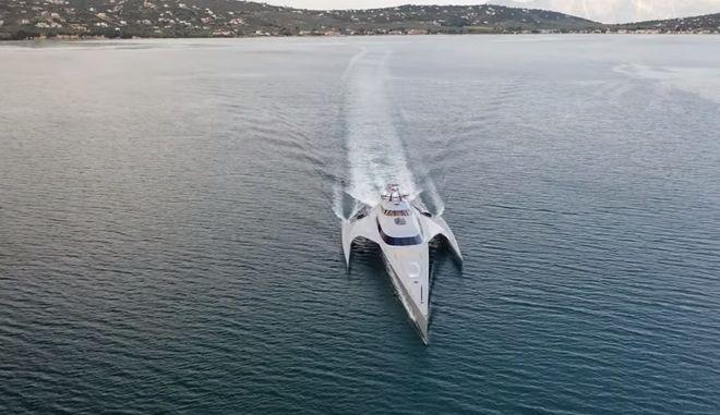 Το super yacht Star Trek στον Θεολόγο