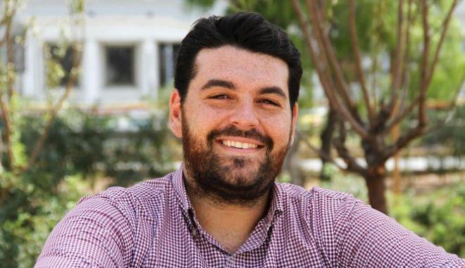 Νέος πρόεδρος της ΟΝΝΕΔ είναι ο Κωνσταντίνος Δέρβος
