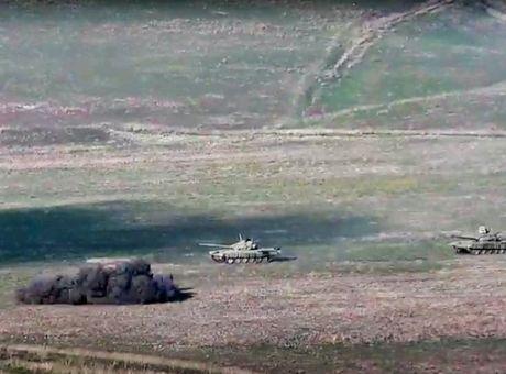 Στα πρόθυρα πολέμου Αρμενία και Αζερμπαϊτζάν για το Ναγκόρνο Καραμπάχ -  Κόσμος | News 24/7