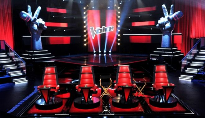 """CULVER CITY, CA - OCTOBER 28:  A general view of the set is shown at a press junket for NBC's """"The Voice"""" at Sony Studios on October 28, 2011 in Culver City, California.  (Photo by Kevin Winter/Getty Images)"""