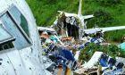 Ινδία: Αεροσκάφος κόπηκε στα δύο