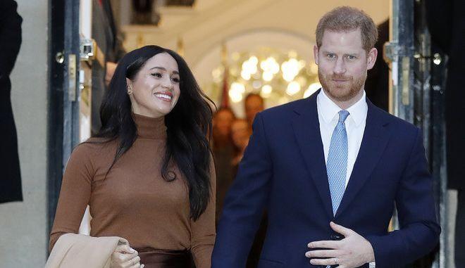 Ο πρίγκιπας Χάρι και η Μέγκαν Μαρκλ σε εκδήλωση στο Λονδίνο τον Ιανουάριο του 2020