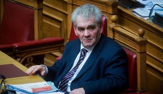 Ο Δημήτρης Παπαγγελόπουλος στη Βουλή