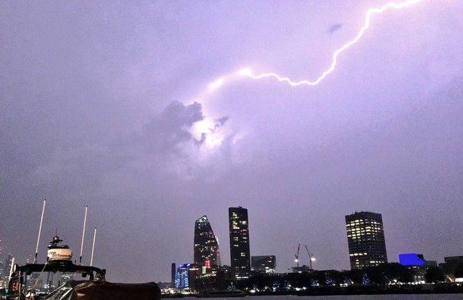 Ηλεκτρική καταιγίδα στο Λονδίνο