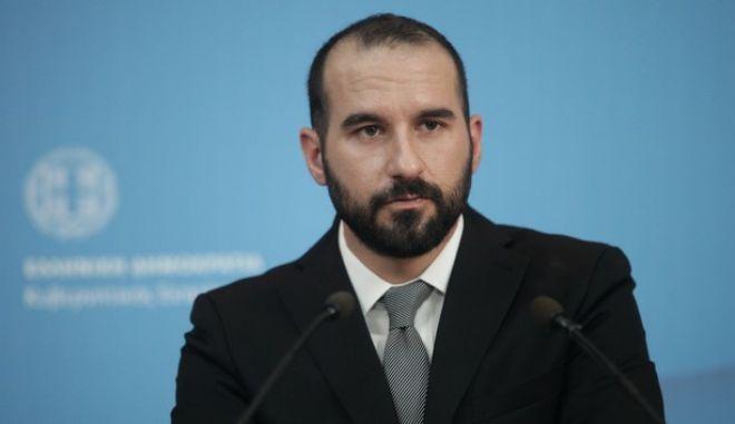 Τζανακόπουλος: Απαράβατος όρος για συμφωνία να μην υπάρχουν νέα μέτρα μετά το 2018