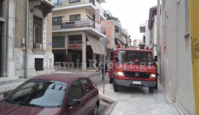 Λαμία: Φωτιά ξέσπασε σε διαμέρισμα