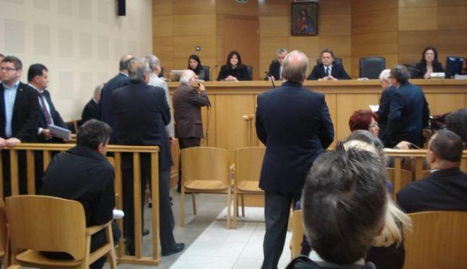 Περικοπές έως και 24% για τους δικαστές