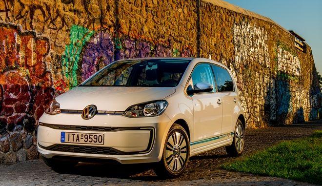 Protergia - VW: Φέρνουν το πρώτο ηλεκτροκίνητο σε τιμή συμβατικού στην Ελλάδα