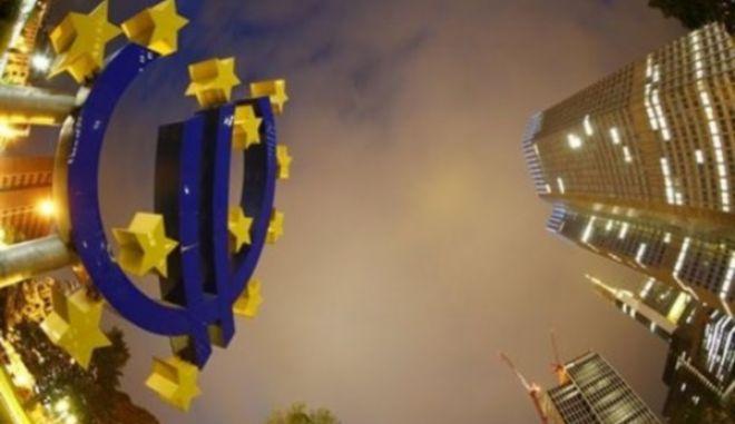 Επιβράδυνση για γερμανική και γαλλική οικονομία