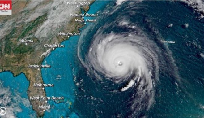 Florence: Συγκλονιστικά καρέ πάνω από το μάτι του τυφώνα